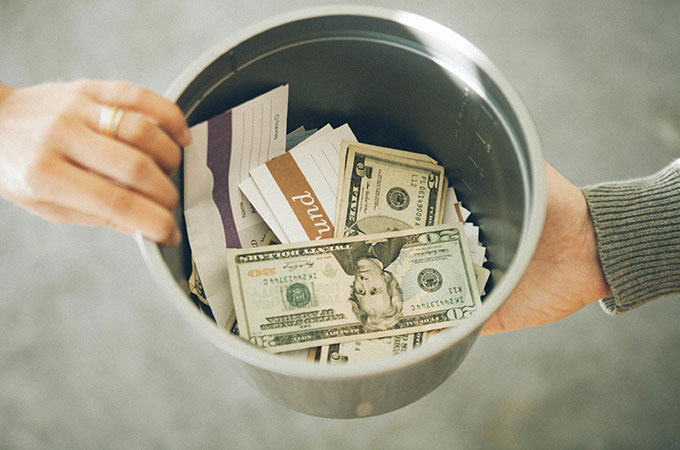 Keep Would-Be Thieves from Curbing your Christmas Joy